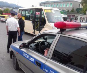 Сотрудники ГИБДД выявили водителей автобусов, нарушающих правила