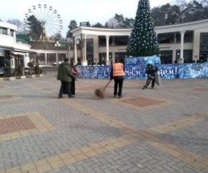 Уборка курортной зоны и работа творческих площадок – на контроле главы города