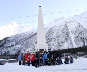 Кисловодские юнармейцы побывали у высокогорного памятника воинам