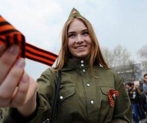500 георгиевских ленточек раздали волонтеры накануне Дня Победы