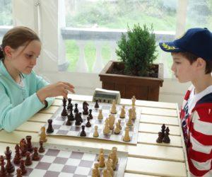В блицтурнире по шахматам победили юниоры из Кисловодска и Сочи