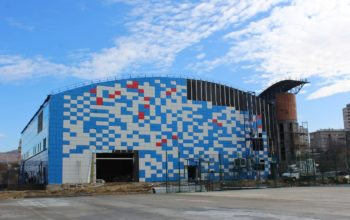 Новый физкультурно-оздоровительный комплекс в Кисловодске «одели» в сине-белый цвет