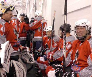 Четыре хоккейных клуба сражаются на Рождественском турнире в Кисловодске