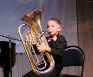 В музыкальной школе им. С.В.Рахманинова появится более 60 новых музыкальных инструментов
