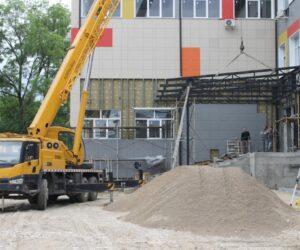 Александр Курбатов встретился с подрядчиками строящихся в Кисловодске объектов