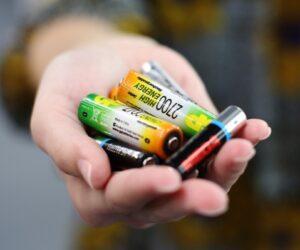 Жители МКД призвали кисловодчан собирать опасные отходы для специальной утилизации