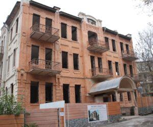 Продолжается  реконструкция школы №1