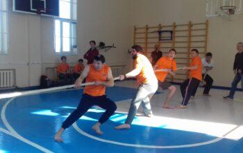 В Кисловодске проходит военно-спортивный турнир «Ану-ка,парни!»