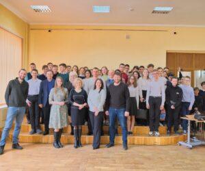 Школьники пополняют ряды Российского экологического общества