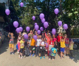 В Кисловодске благотворители собрали в школу 53 ребенка