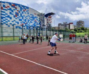 Теннисный турнир среди ветеранов